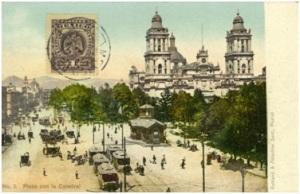Plaza con la Catedral