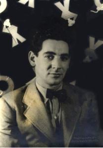 Leonard Bernstein in 1944; photo by Carl van Vechten