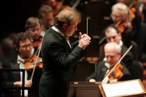 Ludovic Morlot and the SSO; photo by Ben VanHouten