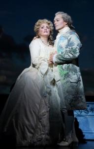 Patricia Racette (Marie Antoinette) and Christopher Maltman (Beaumarchais): © Craig Mathew | LA Opera